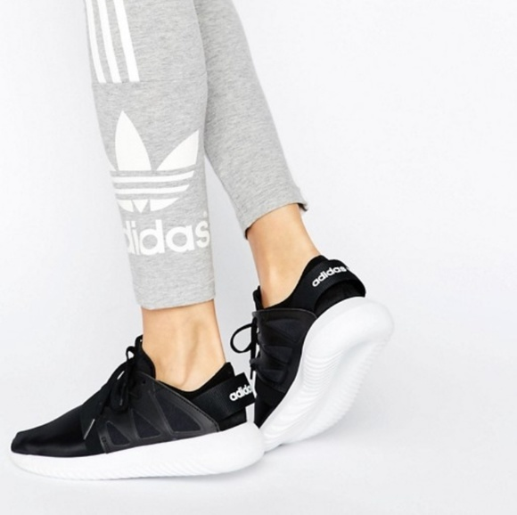 adidas schuhe nwot womens originale tubuläre virale poshmark